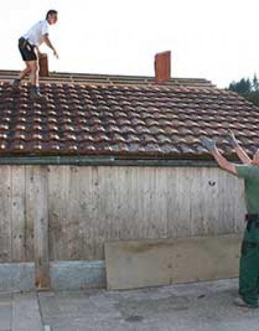 Dach decken / abdecken